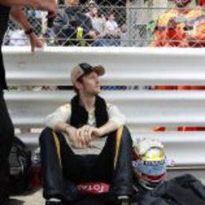 Romain Grosjen espera a la salida en Mónaco