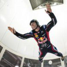Mark Webber levanta el vuelo en Canadá