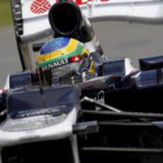 Bruno Senna conduce el FW34 en Canadá