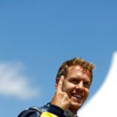 El dedo de Sebastian Vettel regresa en Canadá