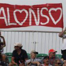 Corazones para Fernando Alonso en Montreal