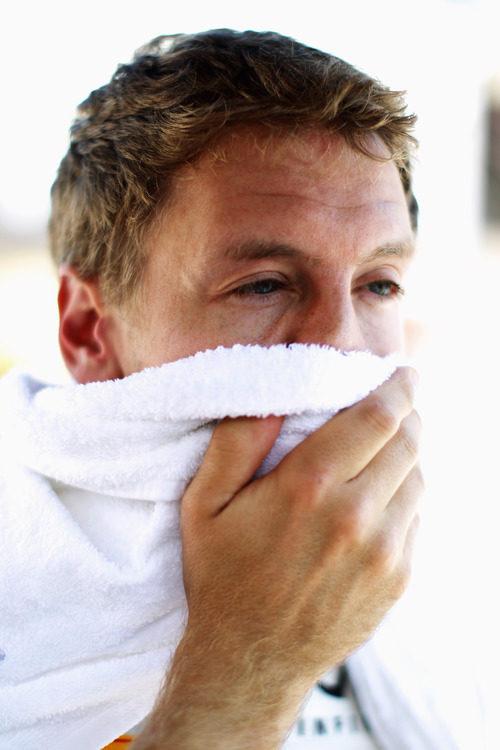 El campeón del mundo se seca el sudor