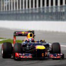 Mark Webber camina a la séptima posición en Canadá