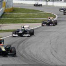 Heikki Kovalainen lidera el grupo en el Gilles Villeneuve
