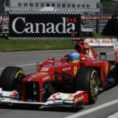Fernando Alonso rueda en Canadá con el F2012