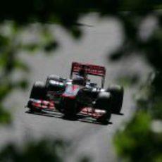 Jenson Button clasificó en una discreta décima posición