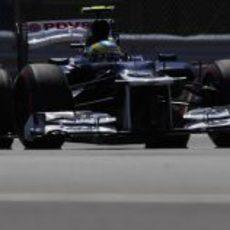 Bruno Senna rueda en los Libres 1 del GP de Canadá