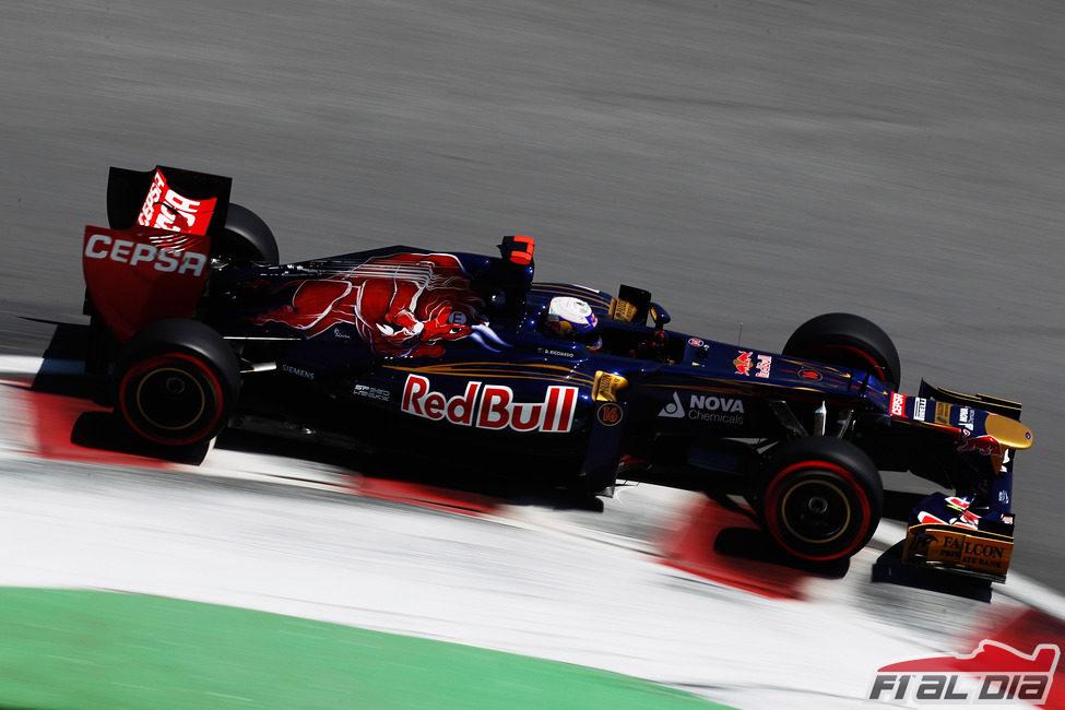Daniel Ricciardo durante los Libres 3 del GP de Canadá 2012