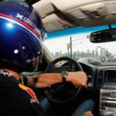 David Coulthard también quiso conocer el circuito