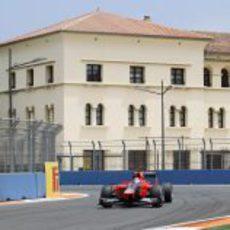 Timo Glock en una de las curvas del Valencia Street Circuit
