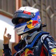 El dedo de Vettel vuelve a levantarse en Valencia