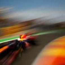 Sebastian Vettel 'vuela' hacia la pole en el Valencia Street Circuit