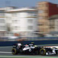 Bruno Senna con los blandos en Valencia