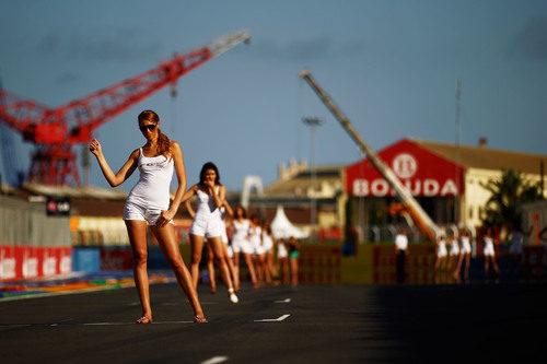 'Pit babes' en la parrilla de salida del Valencia Street Circuit