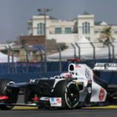 Kamui Kobayashi disputa la clasificación del GP de Europa 2012