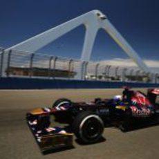 Daniel Ricciardo cruza el puente del Valencia Street Circuit