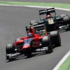 Charles Pic y Heikki Kovalainen en Valencia