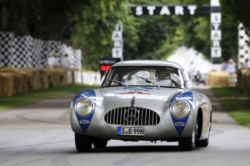 El Mercedes-Benz 300 SL rodó en Goodwood