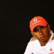 Lewis Hamilton en la rueda de prensa de la FIA del jueves en Silverstone