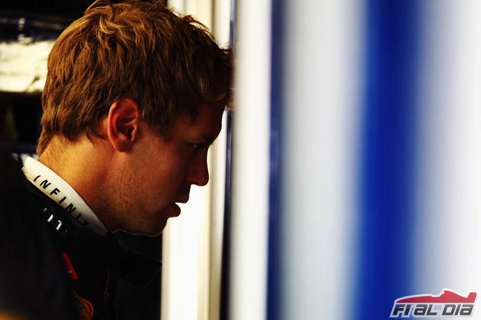 Sebastian Vettel momentos antes de afrontar los libres del GP de Gran Bretaña