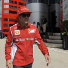 Fernando Alonso, a su llegada a Silverstone