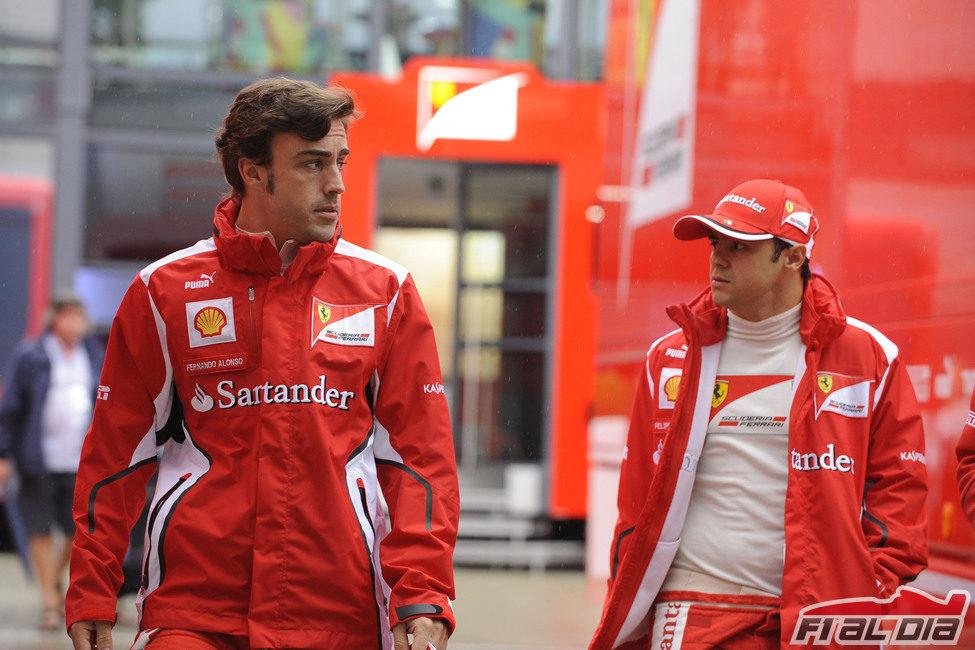 Nuevo peinado para Fernando Alonso