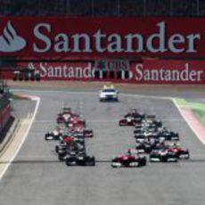 Salida del GP de Gran Bretaña 2012