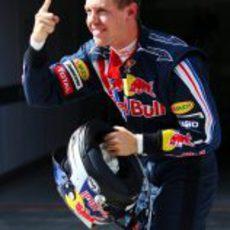 Vettel logra la pole