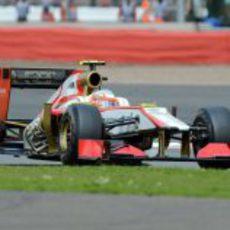 Narain Karthikeyan con su F112 durante el GP de Gran Bretaña 2012