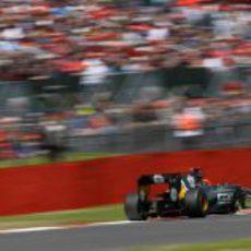 Heikki Kovalainen terminó decimoséptimo en Silverstone