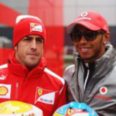 Alonso y Hamilton, juntos antes de la carrera
