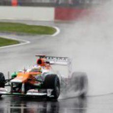 Paul di Resta rueda en su circuito de casa