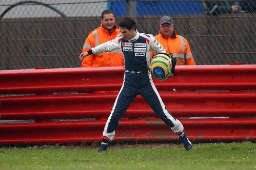 Bruno Senna salta un charco en Gran Bretaña