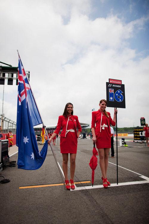 'Pit babes' de Daniel Ricciardo en Gran Bretaña 2012
