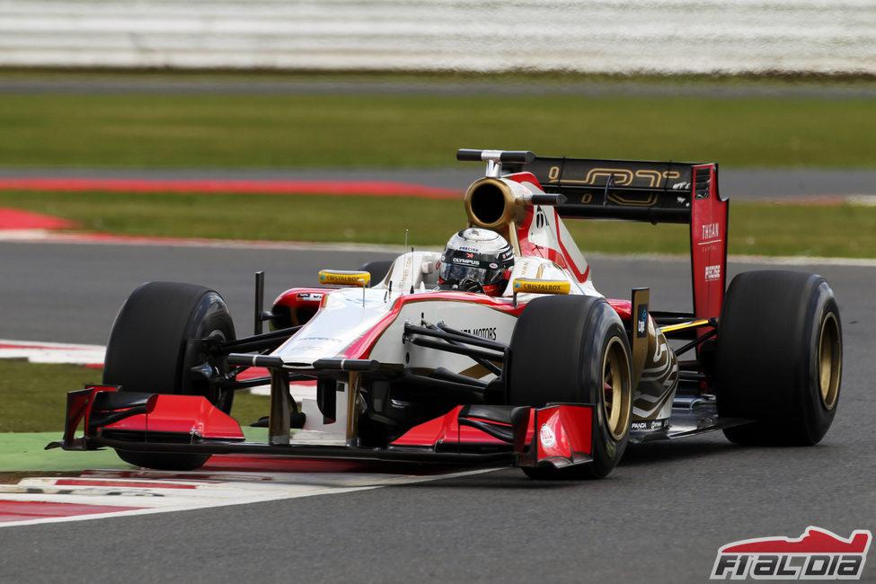 Ma Qing Hua en pista con el HRT F112 - F1 al día