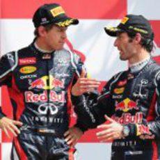 Vettel y Webber en el podio de Gran Bretaña 2012