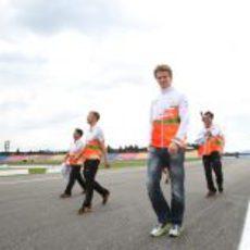 Nico Hülkenberg recorre el circuito de Hockenheim