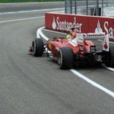Felipe Massa sale del 'pit lane' en Hockenheim