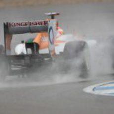 Paul di Resta 'navega' en el circuito de Hockenheim