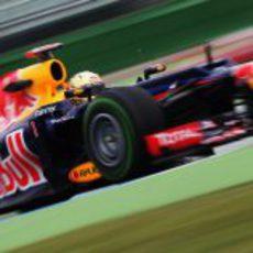 Sebastian Vettel estrena casco en Alemania