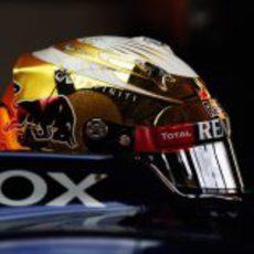 El nuevo casco dorado de Sebastian Vettel