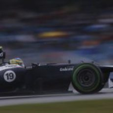 Bruno Senna desafía la lluvia con intermedios