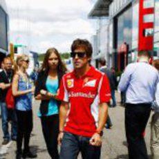 Fernando Alonso y su novia Dasha en Hockenheim