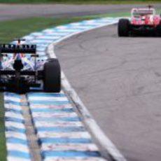 Sebastian Vettel persigue a Alonso en Alemania 2012