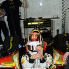 Dani Clos espera a salir a la pista dentro del F112