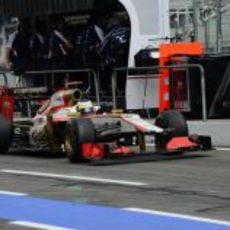 Pedro de la Rosa con su F112 durante los primeros libres del GP de Alemania 2012