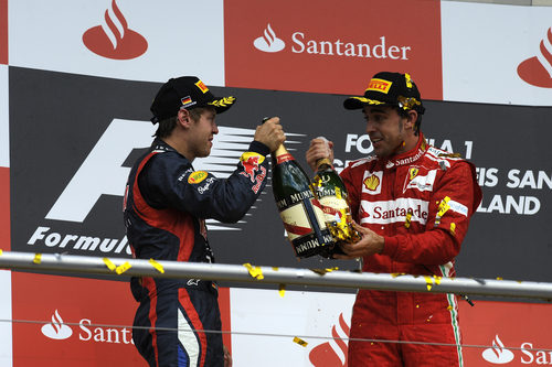 ¿Quieres champagne, Seb?