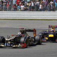 Kimi Räikkönen, por delante de Mark Webber en Hockenheim