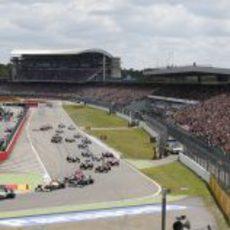 El pelotón en la salida del Gran Premio de Alemania