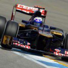 Daniel Ricciardo busca los límites en Hockenheim